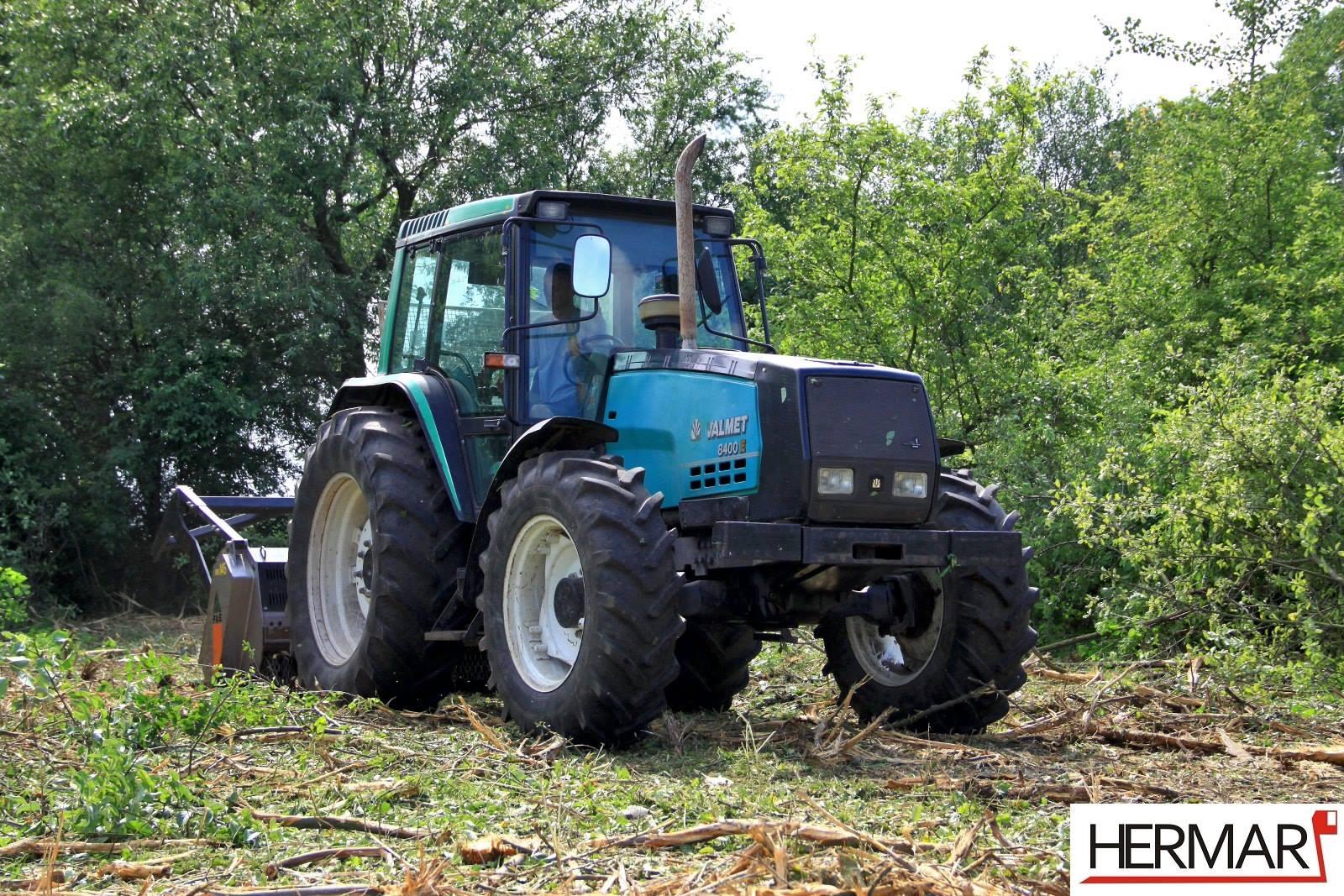 Mulczowanie-terenu-Gniezno_rozdrabnianie-drzew_Hermar-Gniezno_1